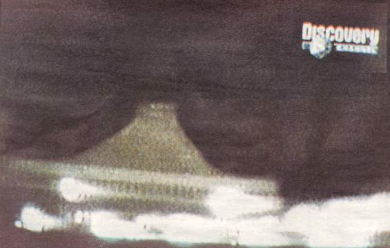 UFO over Lithuanian parliament